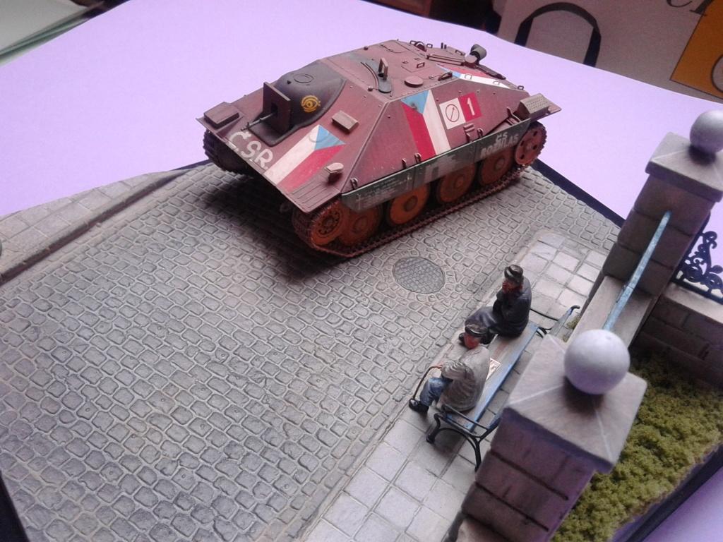 Jagdpanzer 38t Hetzer au 1/35 de Academy  - Page 4 Img_2461