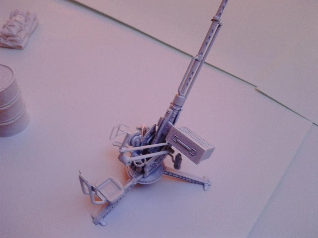 Howitzer D30 de 122mm au 1/35 de Trumpeter et Ural 4320 de zvezda - Page 5 Img_2464
