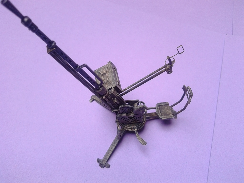 Howitzer D30 de 122mm au 1/35 de Trumpeter et Ural 4320 de zvezda - Page 5 Img_2466