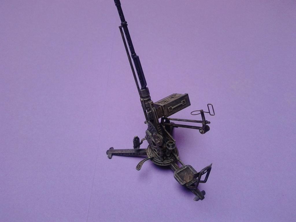 Howitzer D30 de 122mm au 1/35 de Trumpeter et Ural 4320 de zvezda - Page 5 Img_2467