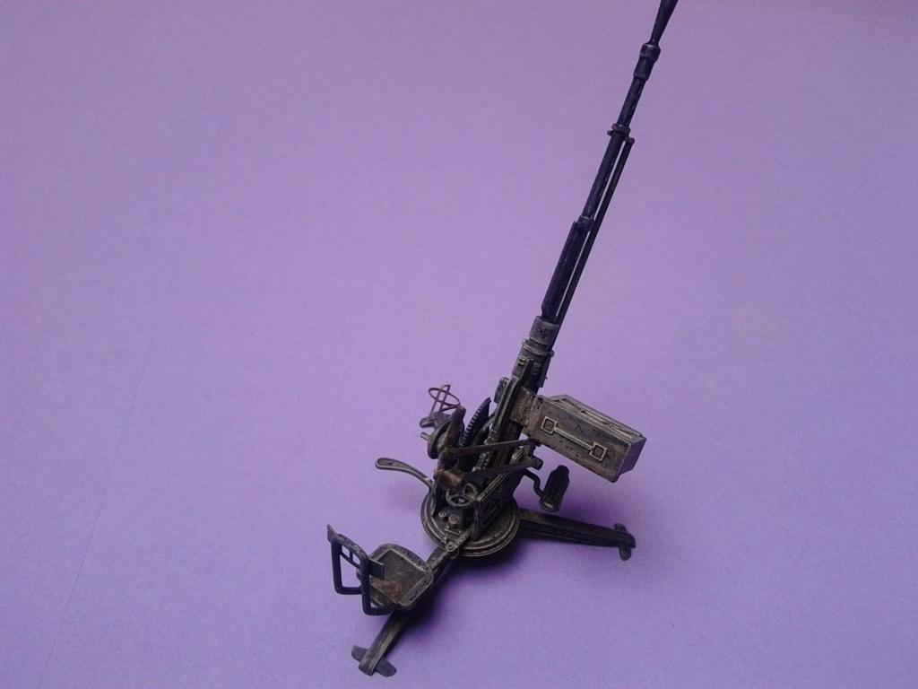 Howitzer D30 de 122mm au 1/35 de Trumpeter et Ural 4320 de zvezda - Page 5 Img_2468