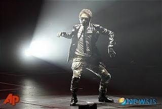Rain @ The Best Macau concert. 1610