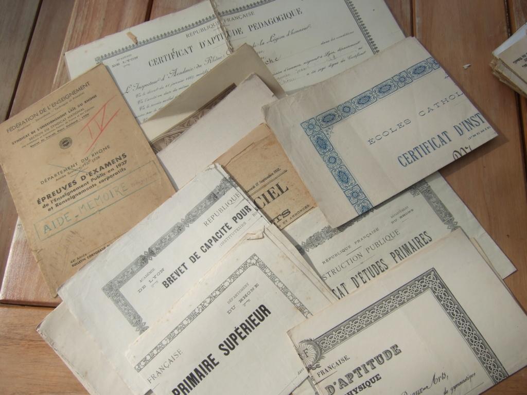 Tres beau lot papiers OFF Armee de l'air avant 40 et Gendarmerie 40 à 62 France,Afrique et autres -ALPINS-OCT1 ( Forte baisse ...) Dscf6052