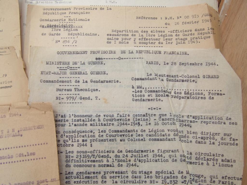 Tres beau lot papiers OFF Armee de l'air avant 40 et Gendarmerie 40 à 62 France,Afrique et autres -ALPINS-OCT1 ( Forte baisse ...) Dscf6056