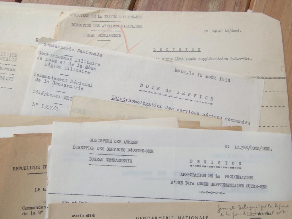 Tres beau lot papiers OFF Armee de l'air avant 40 et Gendarmerie 40 à 62 France,Afrique et autres -ALPINS-OCT1 ( Forte baisse ...) Dscf6058