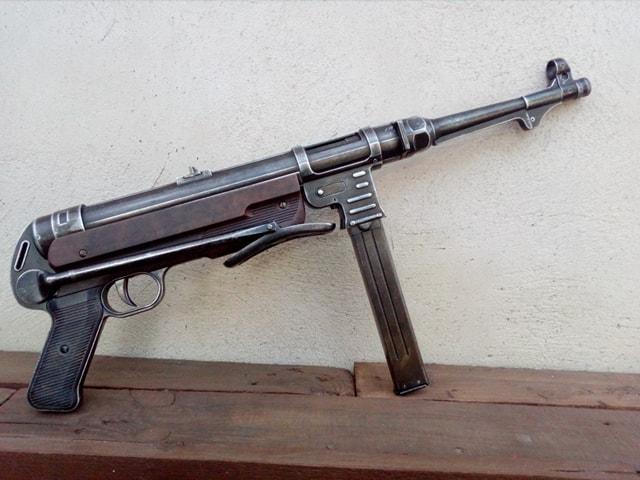 MP40 Denix avant et après 52716910