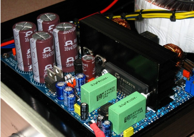 Conoscete questo amplificatore? (TA2022) Yy-cp-11
