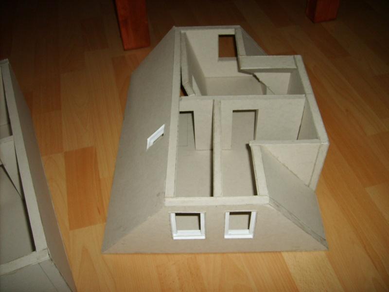 Unser Haus aus Karton Sd530933