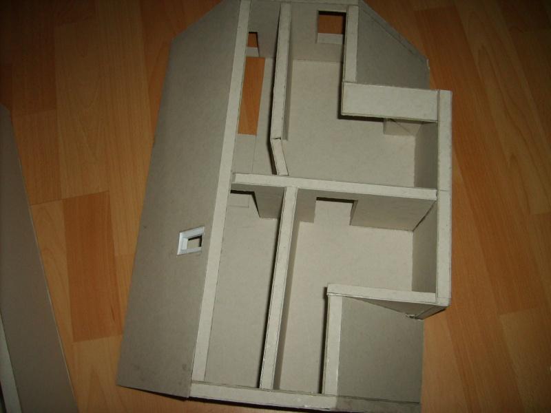 Unser Haus aus Karton Sd530937