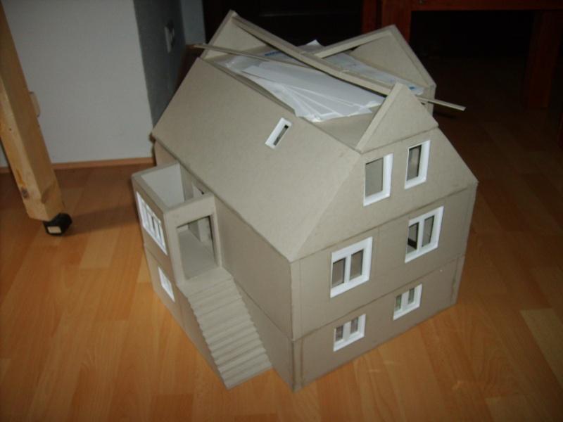 Unser Haus aus Karton Sd530938