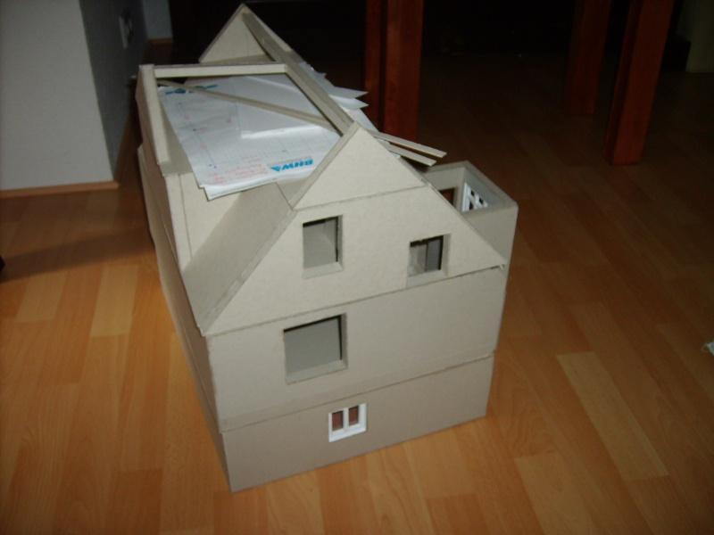 Unser Haus aus Karton Sd530939