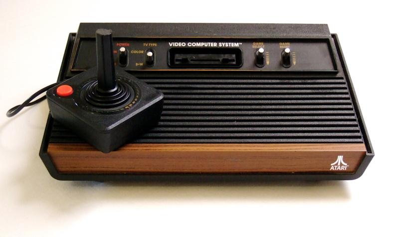 VIDEOGAMES  Atari210