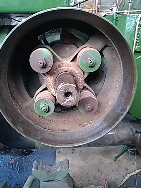 350 photos de vieux tracteurs - Page 3 15700319