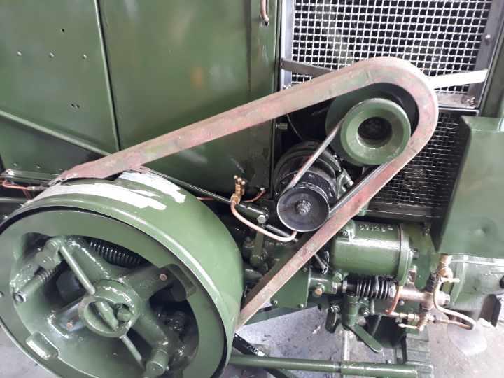 350 photos de vieux tracteurs - Page 3 Resize36