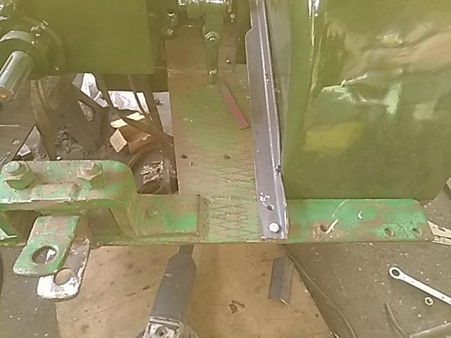 350 photos de vieux tracteurs - Page 3 Thumb115