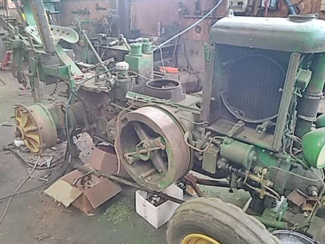 350 photos de vieux tracteurs Thumbn37