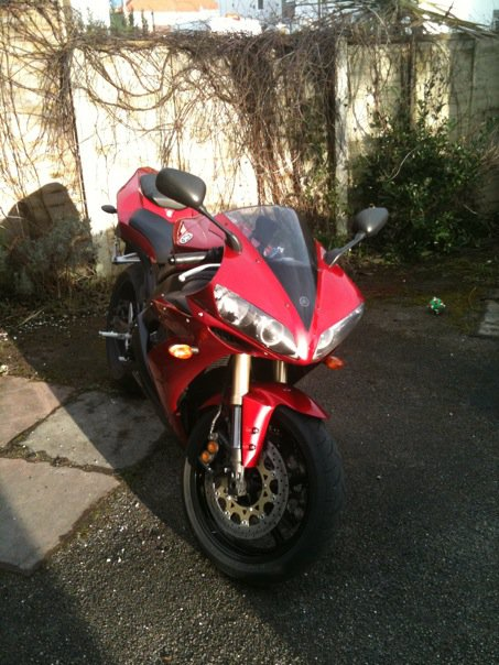 My R1 (looking clean for a change!) Andy2011