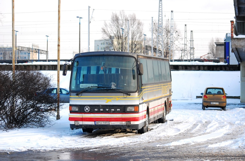 Cars et Bus de la région Rhone Alpes - Page 2 37716210