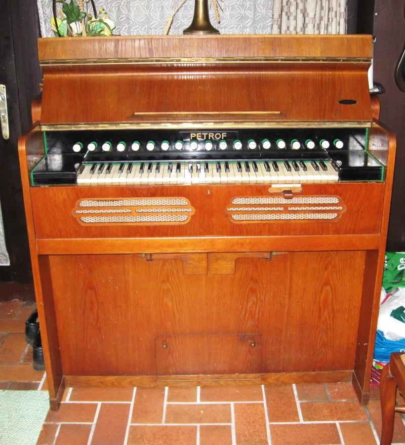 Deux harmoniums PETROF à vendre (Hainaut, Belgique) Harmon14