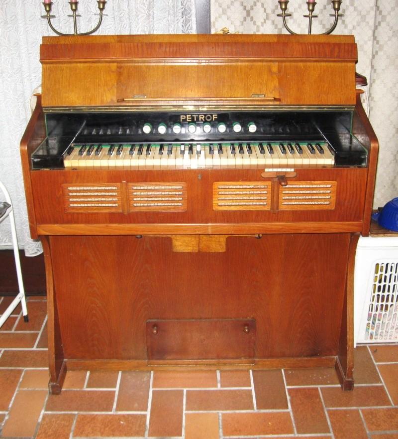 Deux harmoniums PETROF à vendre (Hainaut, Belgique) Harmon15