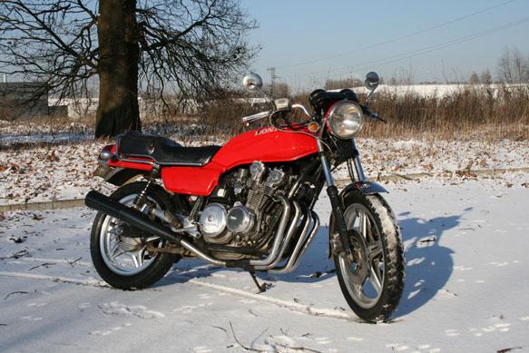 mes M O T O S de 1982, mais pas que Moto_v10