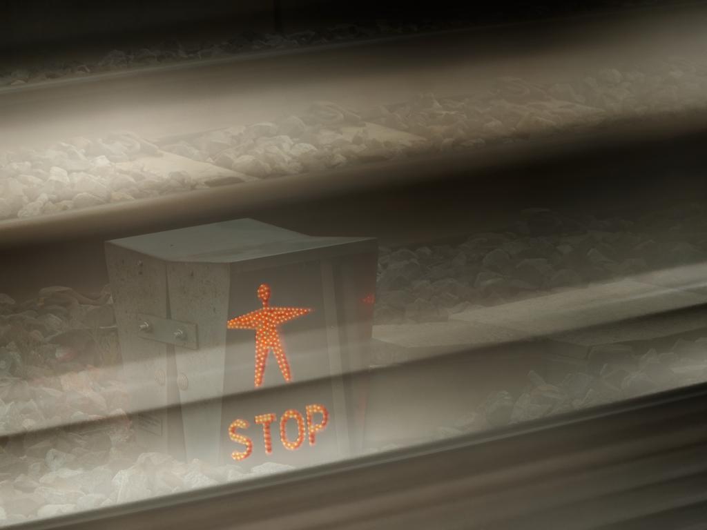 Encore du ferroviaire Stop10