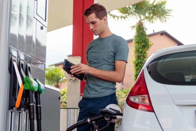 #Carburants : forte baisse des prix 1350_910