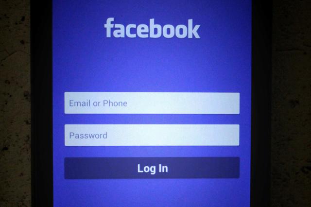 Nouvelles technologies, internet et réseaux sociaux Facebo17