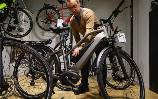 #IleDeFrance : une aide de 500 euros pour l'achat d'un #VéloÉlectrique O45kof10