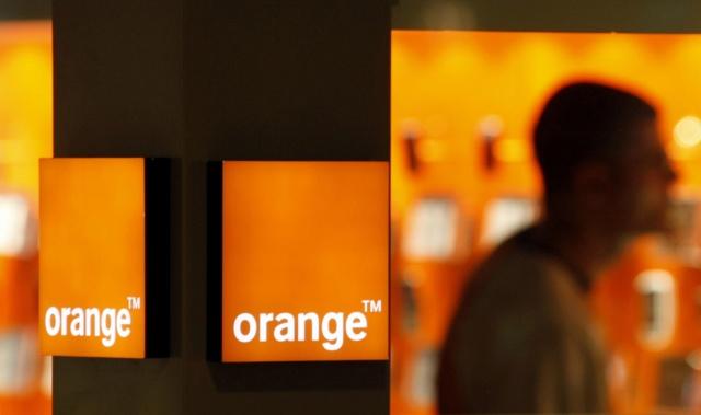 Nouvelles technologies, internet et réseaux sociaux Orange10