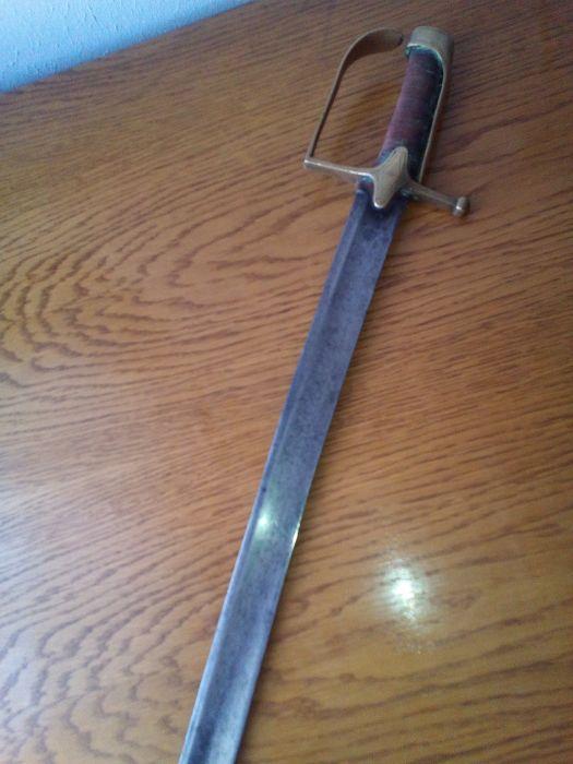 Vieille épée 111