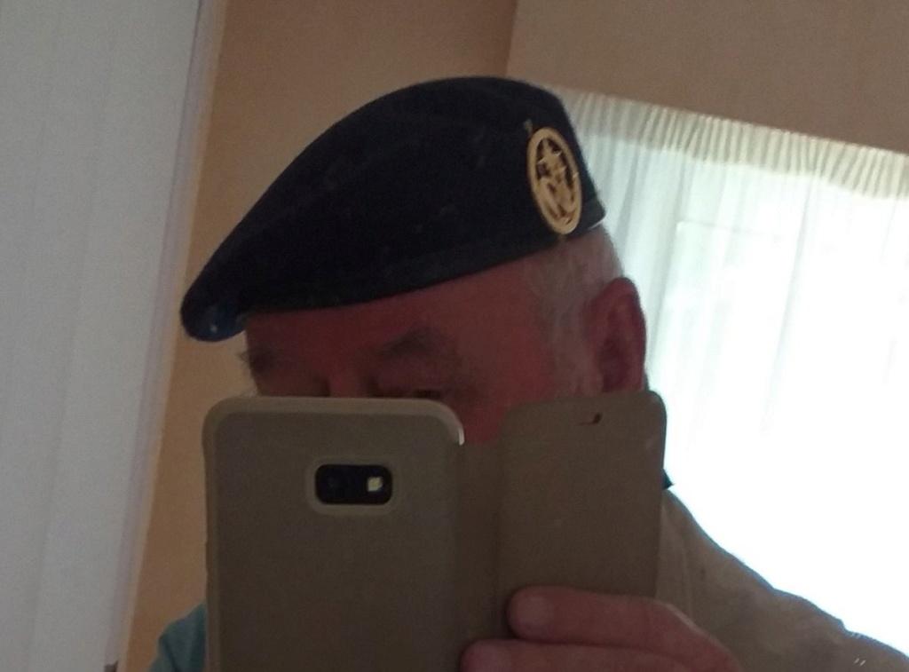 Du nouveau pour les anciens Marins (hors commandos) sur la tenue lors des cérémonies patriotiques - Page 2 Jozol_10