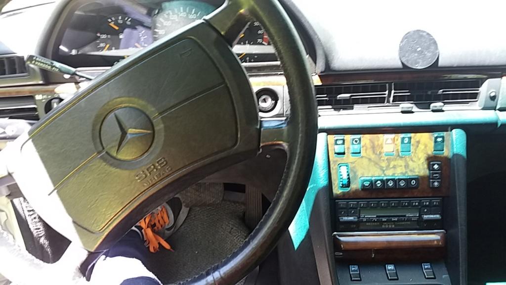 Une nouvelle Mercedes à la maison, un rêve qui se réalise 20190515