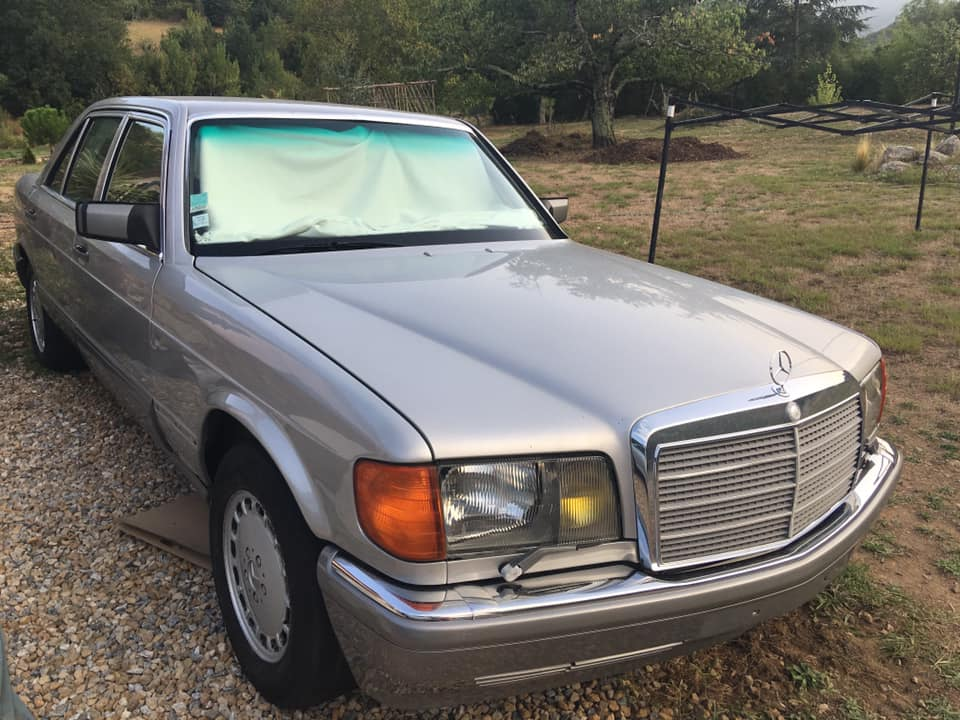 Une nouvelle Mercedes à la maison, un rêve qui se réalise Merced10