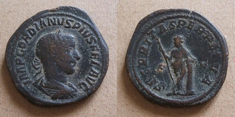 Mes bronzes du 3ème siècle - Page 13 Gordie10