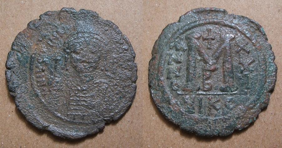 De retour à Byzance... - Page 11 Justin10