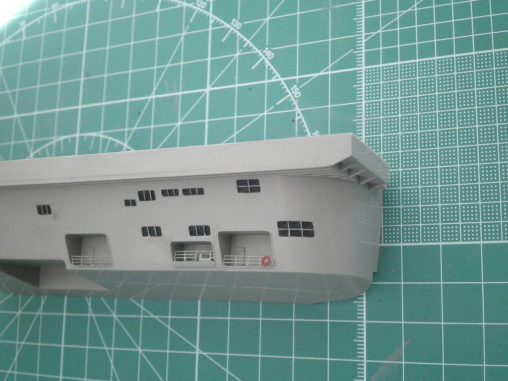 USS Nimitz CVN68 (Trumpeter 1/350°) par Antho - Page 8 P5160110