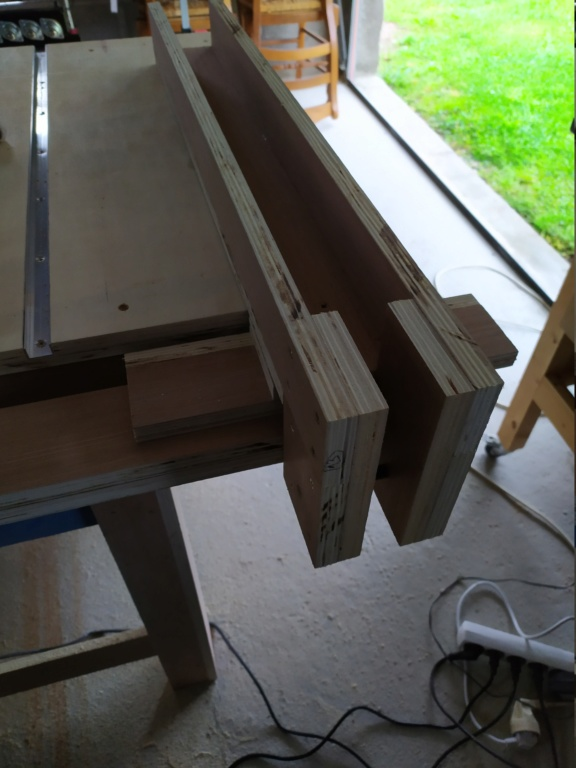 Mon projet de scie sous table - Page 4 Img_2171