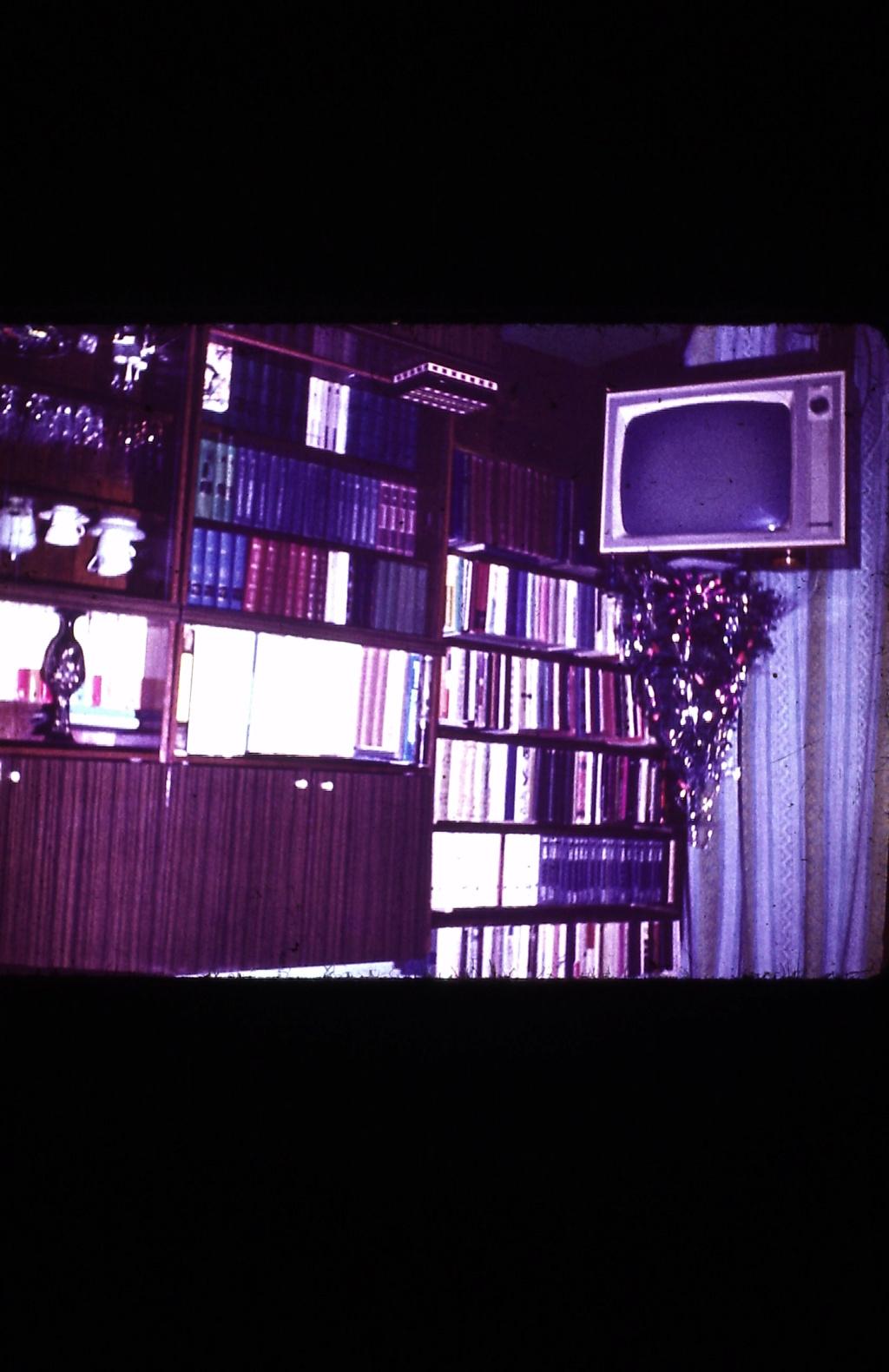 interieur d une maison annee 1975 Pict0015