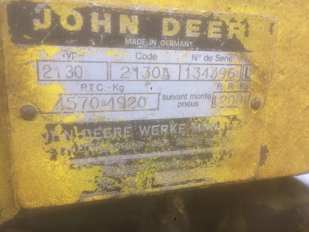 John Deere 2130 dans un sale état 34fa0910