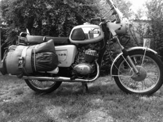 Moto (nom féminin) Ets_1161