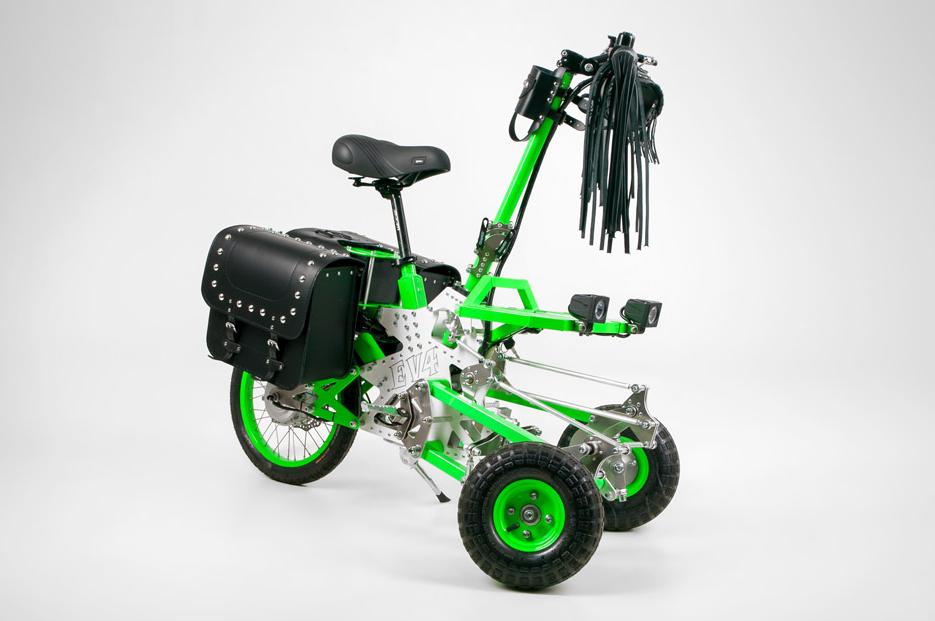 Dites bonjour au Gremlin, le tricycle électrique qu'on monte en famille ! (vidéo sur Bidfoly.com) Par Hilaire Picault Capt1343