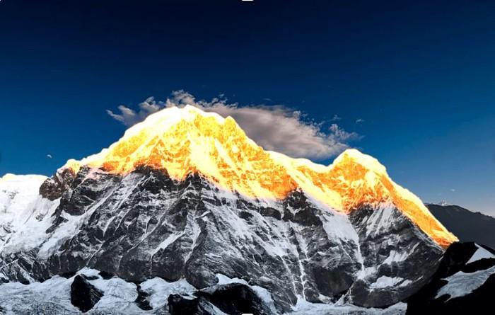 Littérature et alpinisme - Page 2 Annapu11