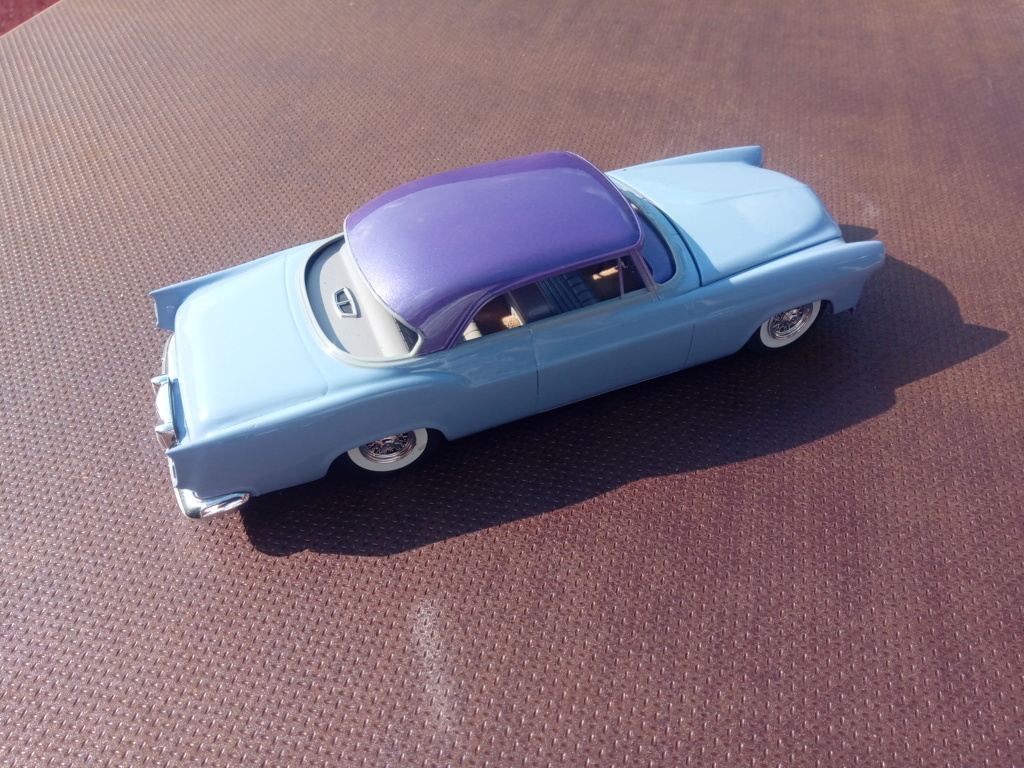 55' Chrysler 300,  Mild Kustom (Lucky Lavender ) a y est terminé  - Page 5 Img_2012