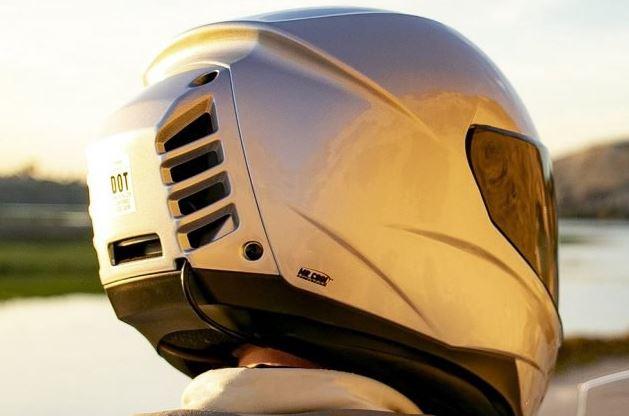 """""""Está calor? Não dentro deste capacete com ar condicionado"""" Helmet10"""