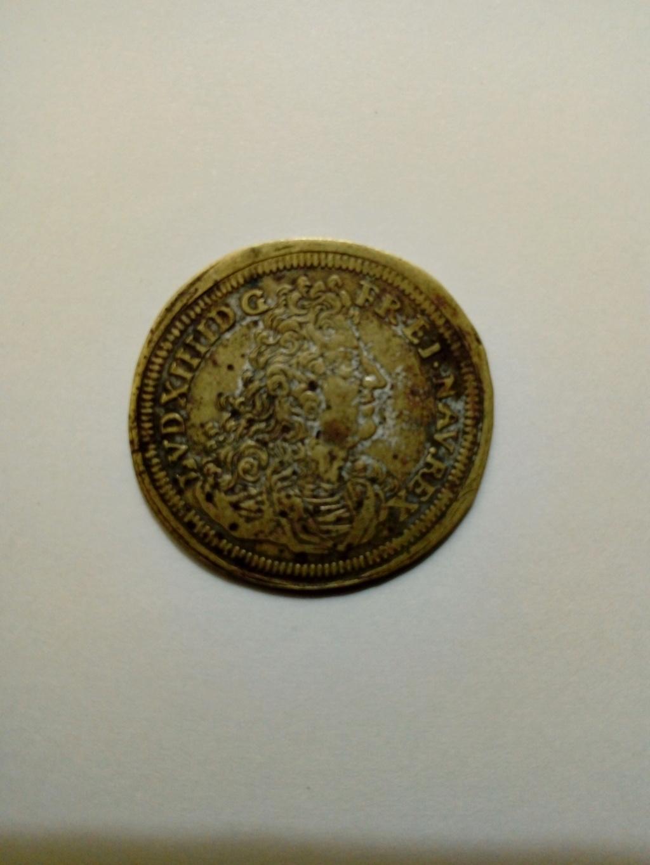 Luis XIV... esto es una moneda o qué es lo que es? 15297910