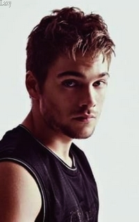 Dylan Sprayberry  - Page 4 Dydy410