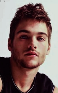 Dylan Sprayberry  - Page 4 Dydy710