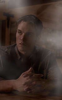 Dylan Sprayberry  - Page 4 Laaf210
