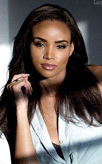 Meagan Tandy Meagan14